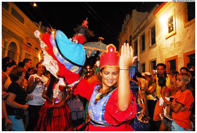 640px-desfile_de_maracatu_3228839638